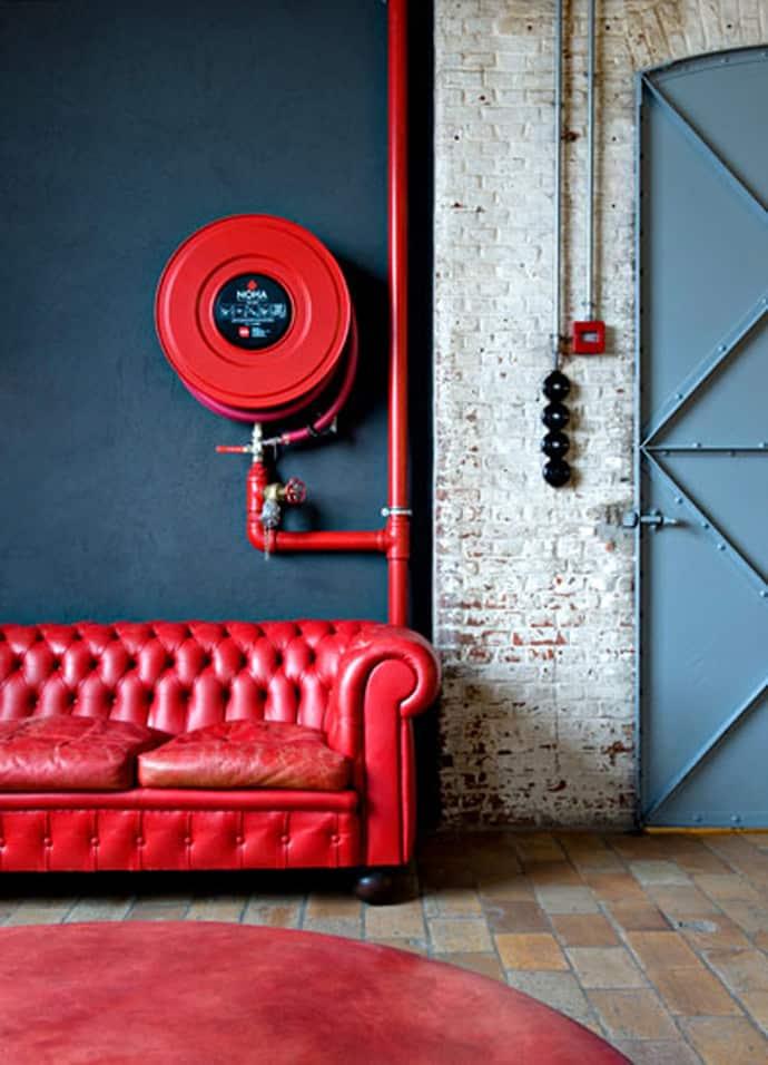 red interior designrulz (36)