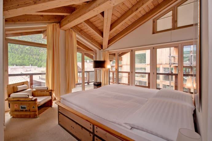 Heinz-Julen-Penthouse-Chalet_designrulz (3)