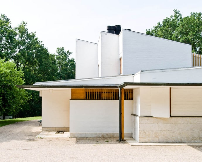 Modern Private House Designed By Alvar Aalto Maison Louis Carr