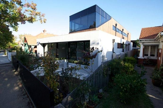 "house-designrulz-003"" height = ""460"" width = ""690"" srcset = ""https://cdn.designrulz.com/wp-content/uploads/2013/04/house-designrulz-0035.jpg 690w, https://cdn.designrulz.com/wp-content/uploads/2013/ 04 / house-designrulz-0035-359x239.jpg 359w ""size ="" (chiều rộng tối đa: 690p x) 100vw, 690px ""/> </source></source></picture><picture class="