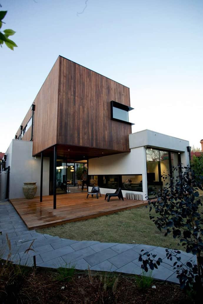 "house-designrulz-006"" height = ""1034"" width = ""690"" srcset = ""https://cdn.designrulz.com/wp-content/uploads/2013/04/house-designrulz- 0065.jpg 690w, https://cdn.designrulz.com/wp-content/uploads/2013/04/house-designrulz-0065-159x239.jpg 159w, https://cdn.designrulz.com/wp-content/ tải lên / 2013/04 / house-designrulz-0065-324x485.jpg 324w, https://cdn.designrulz.com/wp-content/uploads/2013/04/house-designrulz -0065-337x505.jpg 337w ""size ="" (max-width: 690px) 100vw, 690px ""/> </source></source></picture><picture class="