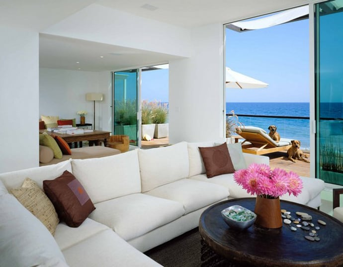 Top 10 most beautiful beach houses across the world for Beautiful house view
