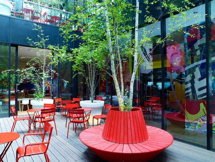 Contemporary Hotel CitizenM London Bankside By Concrete - Citizenm london bankside by concrete architectural associates
