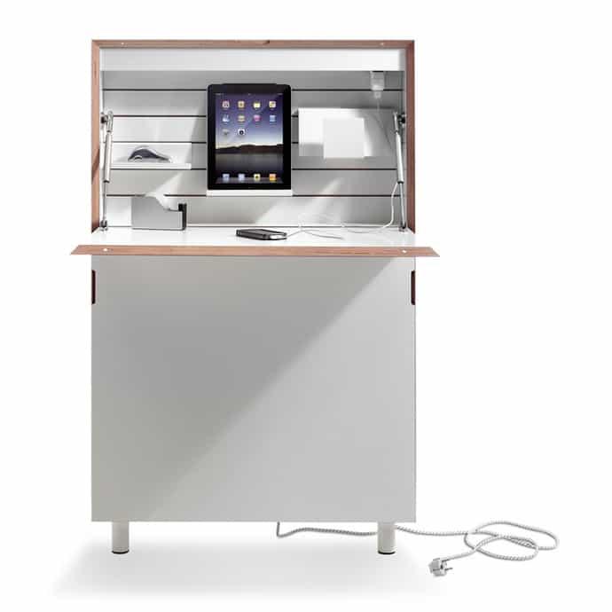 Flatmate-desk-002