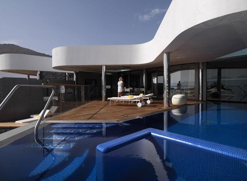 yachting-elounda-designrulz (1)
