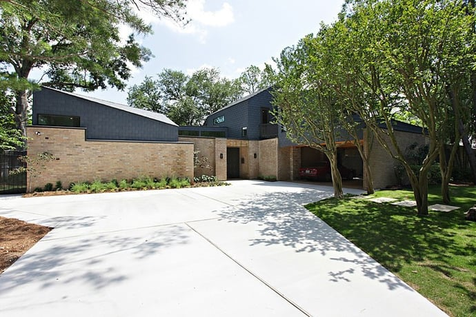 houston riverview way by tom hurt architecture