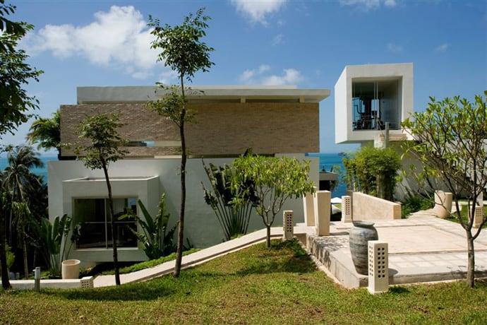 Luxury modern escape villa beige with small private beach for Modern small villa design