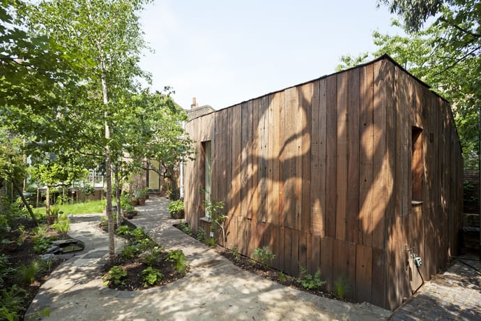 005Tree House -designrulz-