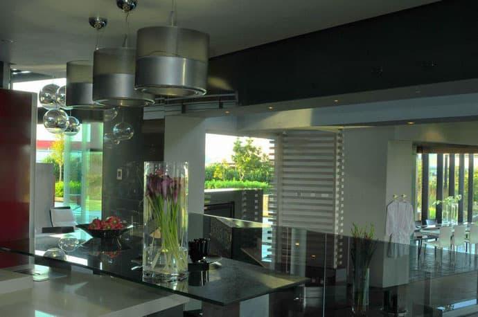 Ngôi nhà hiện đại được vật chất hóa ở nơi hoang dã - Nhà Tsi của kiến trúc sư Nico van der Meulen (11)