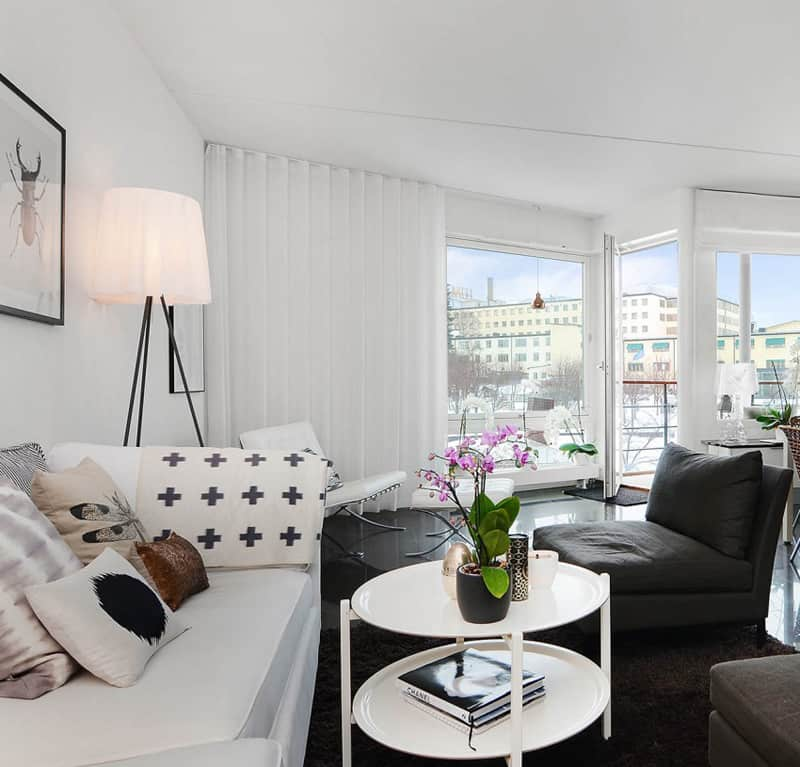 Bright Scandinavian Decor In 3 Small One Bedroom Apartments: Warm Display Of Scandinavian Design In A Small Apartment