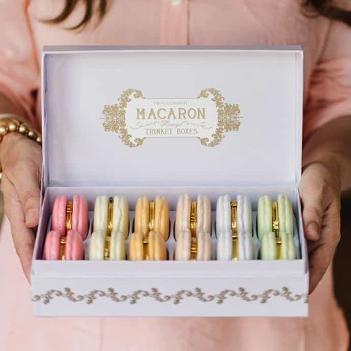 macaron ring box from chambre de sucre