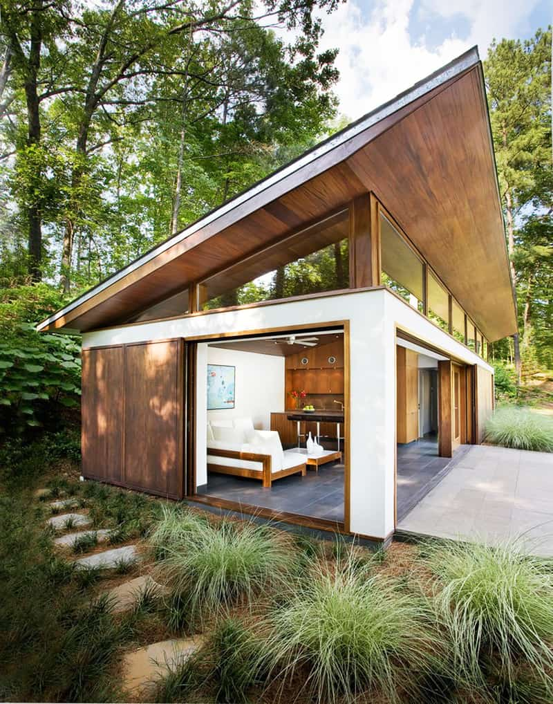 Focusing On Views With A Modern Addition To An Old House