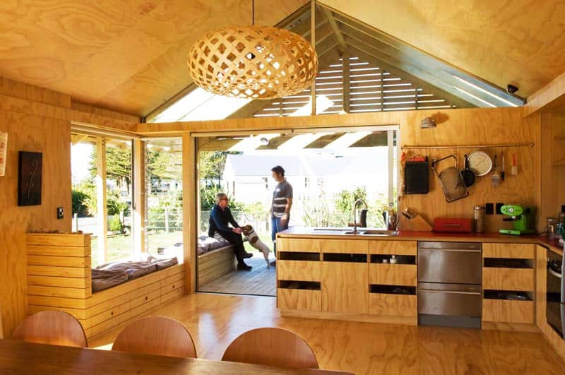 Small Holiday Home In Shoal Bay New Zealand