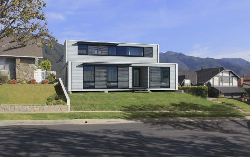 Dream worthy yet affordable shipping container homes for Cheap two story houses