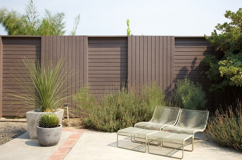How to Choose the Right Fence - 45 Delightfully Different ... on Backyard Wall Design id=31791