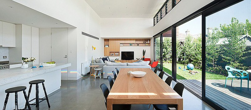 Modern Rectangular-Shaped House by Bower Architecture