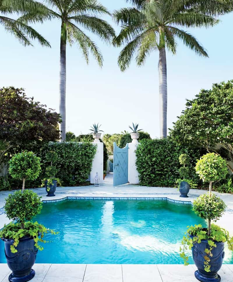 The summer goes on decorating around your pool for Pool design 2014