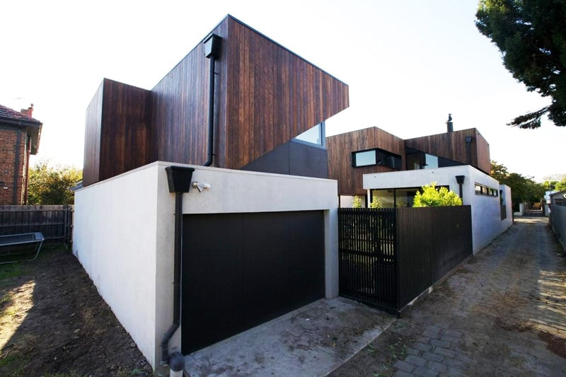 Beautiful residential dwelling with a separate garage and for Garage with studio