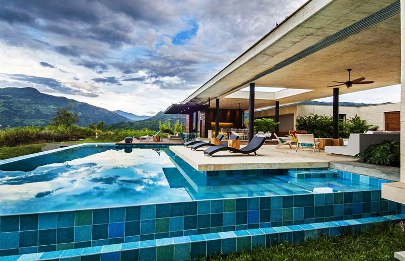 pool (9)