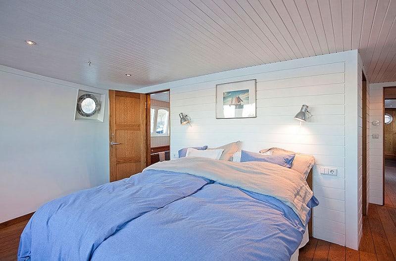 Barge-in-Stockholm-designrulz (19)