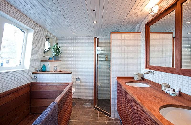 Barge-in-Stockholm-designrulz (5)