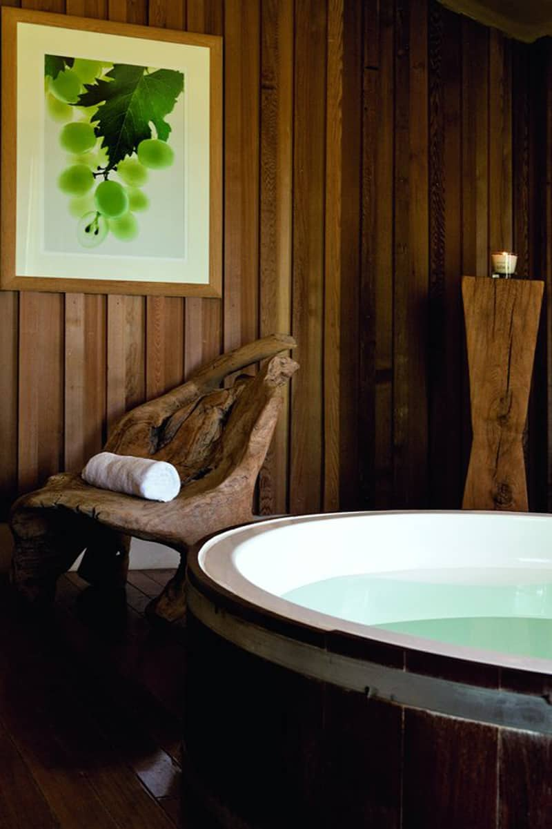 16 Soothing Spas And Saunas: Contemporary Chalet With Vinotherapie Spa, Bordeaux, France