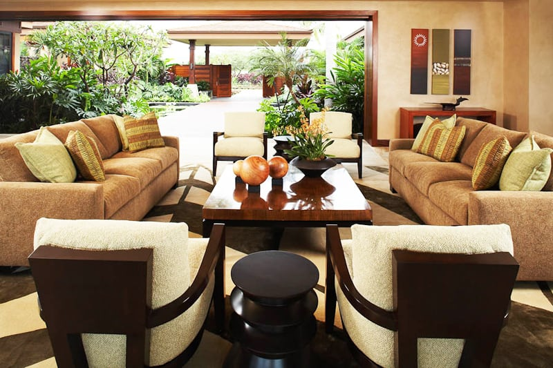 Hawaiian Home Design: Classical Warmth by Willman Interiors