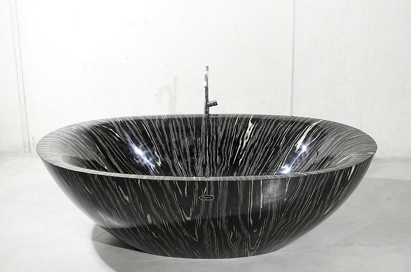Brilliant-Laguna-Pearl-Bathtub