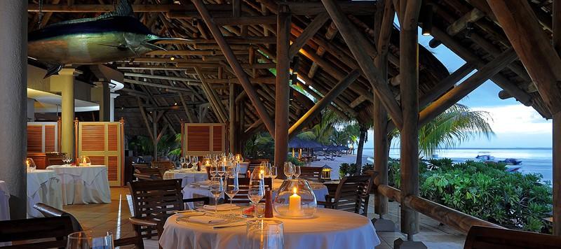 Dinarobin hotel golf spa an elegant luxury experience for Design hotel mauritius