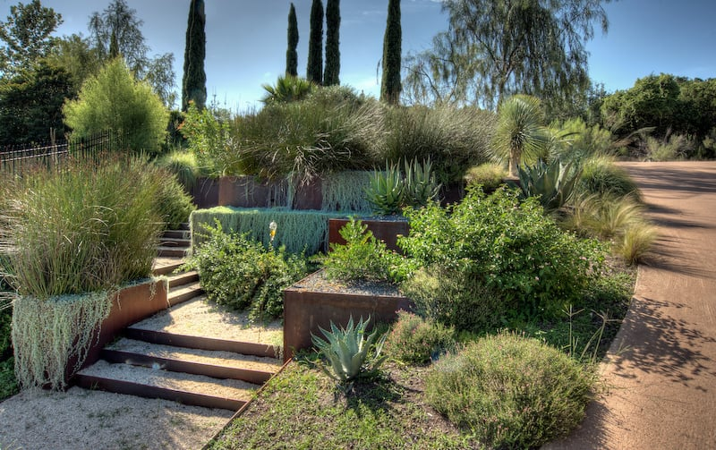 How To Turn A Steep Backyard Into A Terraced Garden on Terraced Backyard Ideas id=67317