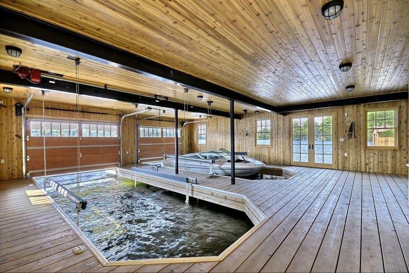 10 Boathouse (2)
