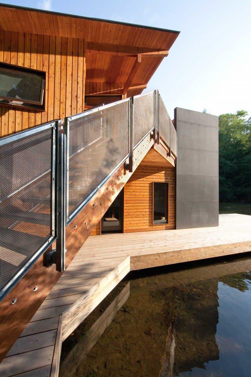 3 Muskoka-Boathouse (7)
