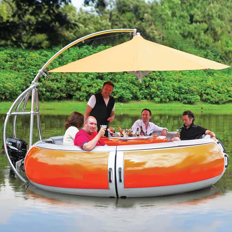 The-Barbecue-Dining-Boat-DESIGNURULZ-5 (1)