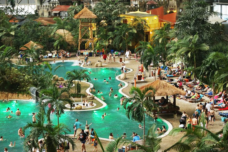 Tropical Island Resort Beaches: Top 3 World's Largest Indoor Water Parks
