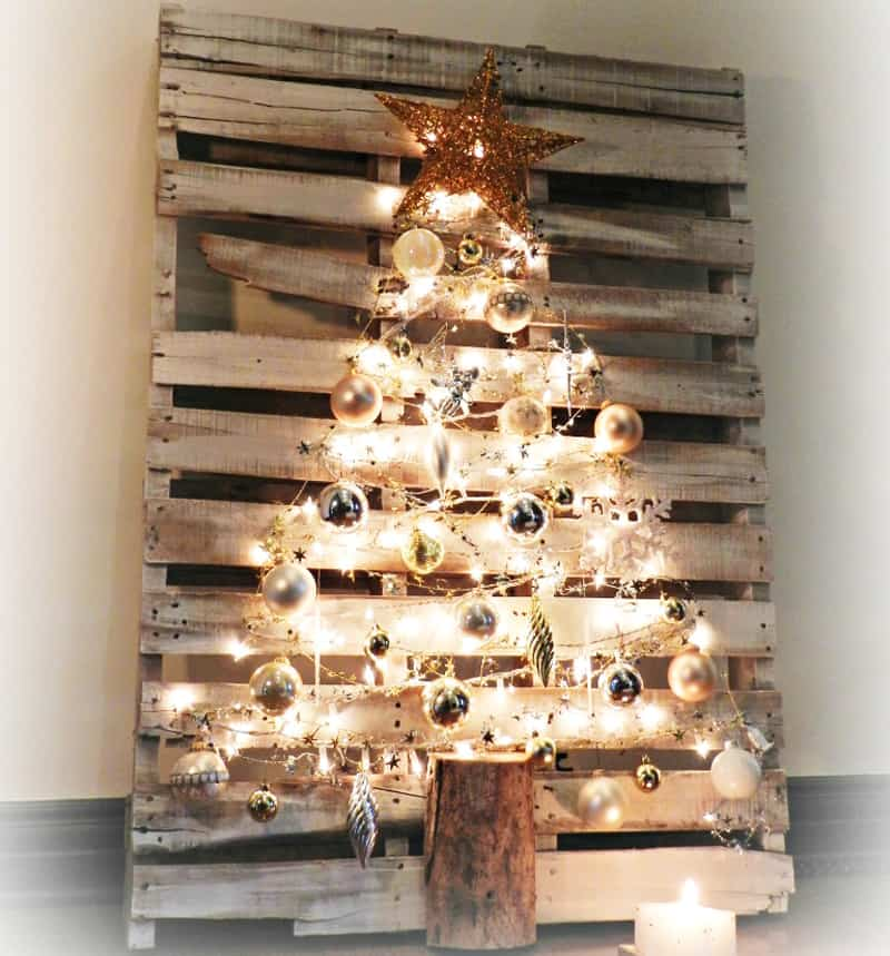 christmas pallets 10 - Wood Pallet Christmas Tree