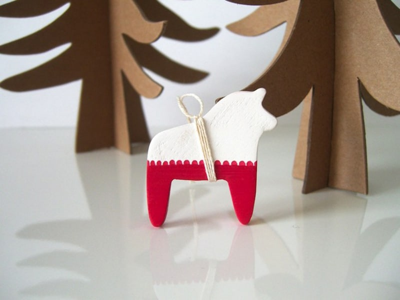 Easy Pieces Handmade Holiday Ornaments (14)
