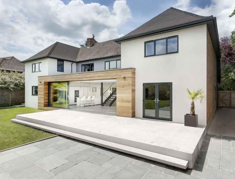 Classical English House with Modern Extension by AR Design Studio