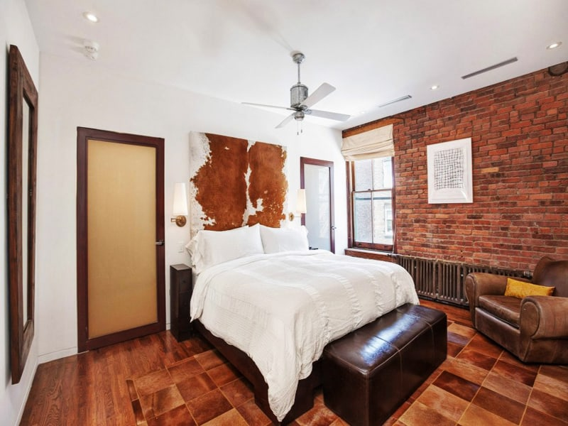 Contemporary SoHo Loft With Exposed Brick And Wood Beams - Contemporary soho loft with exposed brick and wood beams