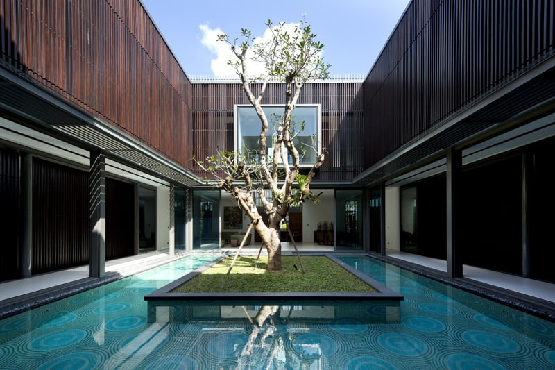 Modern Architecture: Centennial Tree House in Singapore