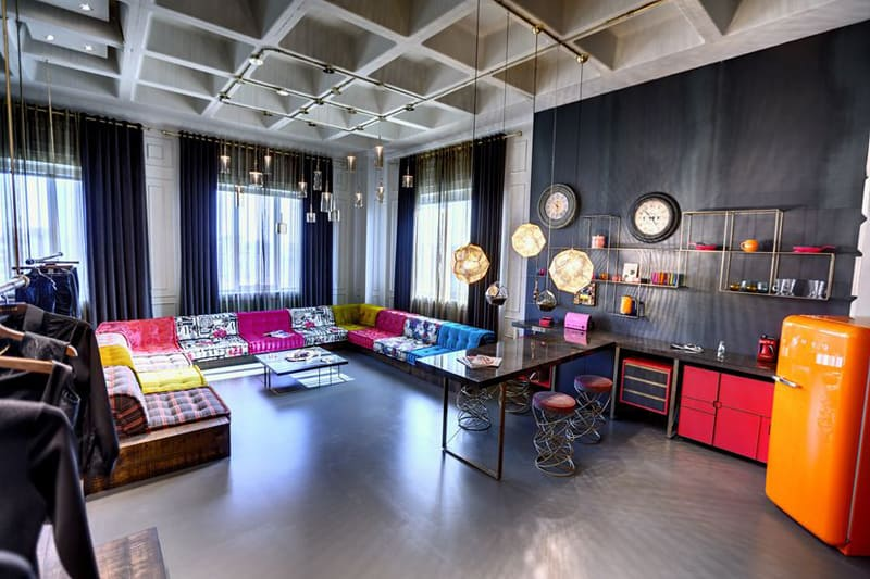 Young and Dynamic Office Design for a Textile Company by ...