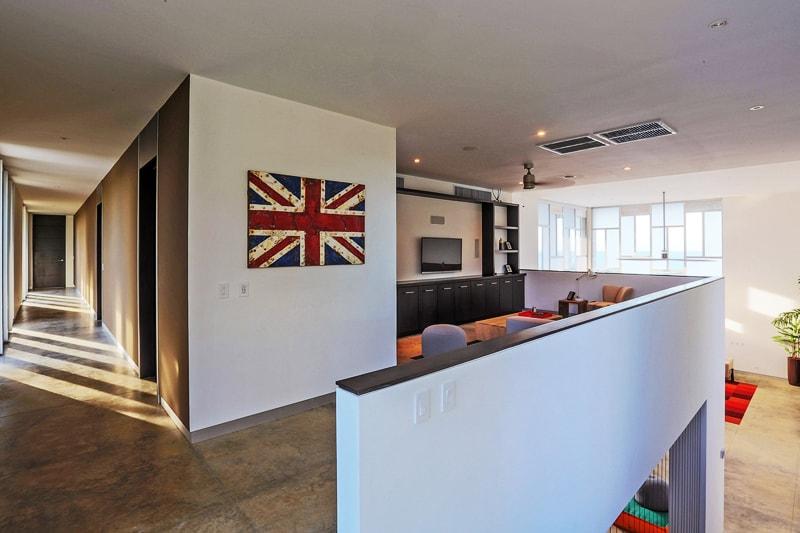 EOS Luxury Rental Home designrulz (3)