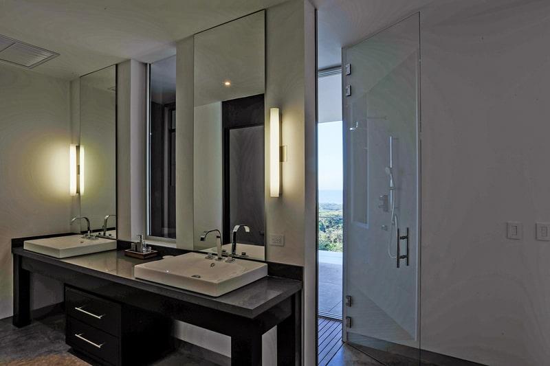EOS Luxury Rental Home designrulz (5)