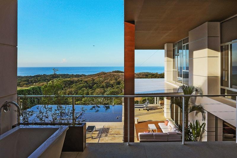 EOS Luxury Rental Home designrulz (7)