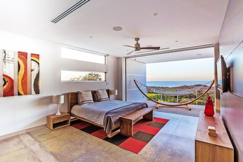 EOS Luxury Rental Home designrulz (9)
