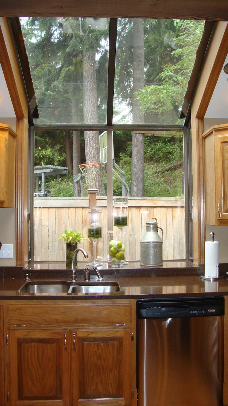 Beau Kitchen With Large Windows Designrulz (12) ...