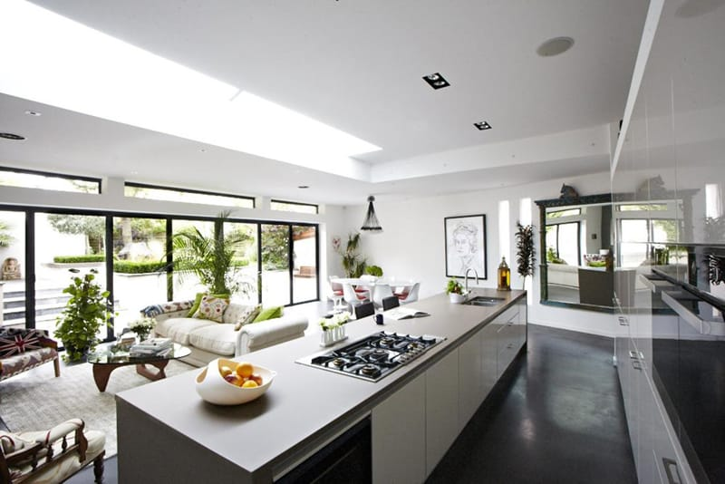 kitchen with large windows designrulz (28)