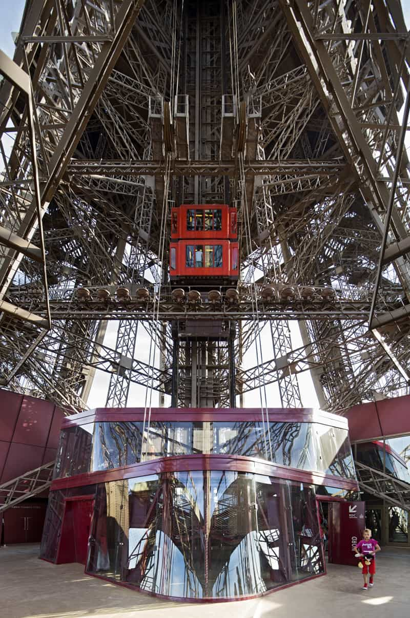 Eiffel Tower_Designrulz (11)