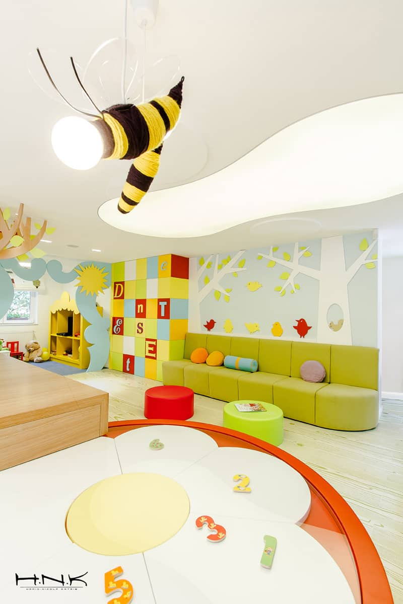 Part 2- Bucharest-Dent-Estet-4-Kids_designrulz (16)