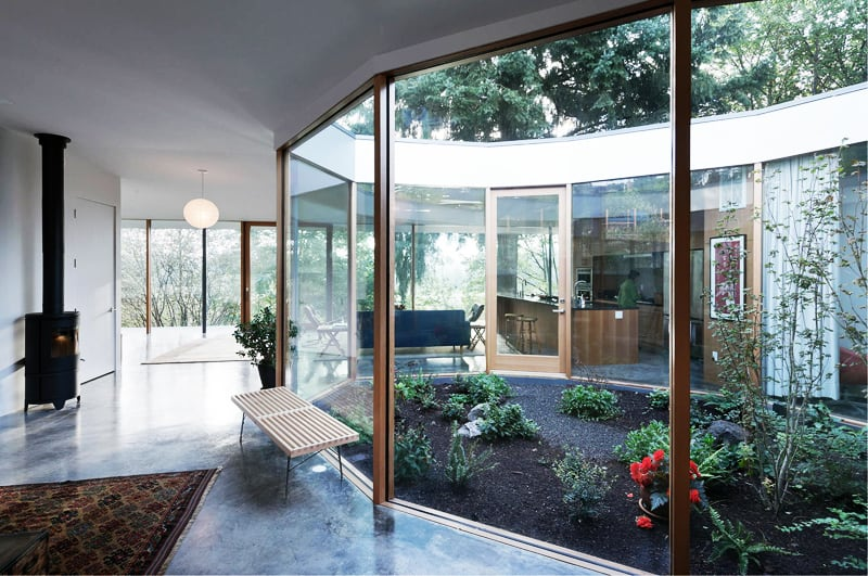The Courtyard House By No Architecture