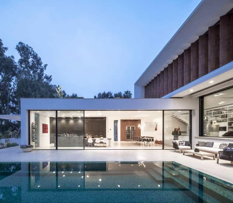 Modern Mediterranean Style: Modern Mediterranean Villa By Pazgersh Architecture + Design